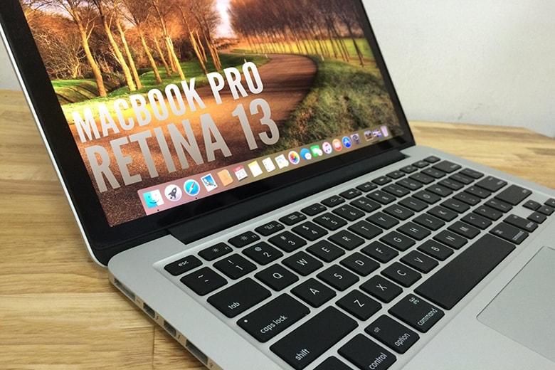 Macbook Pro Retina 13inch 2013 ME864 (Like New)